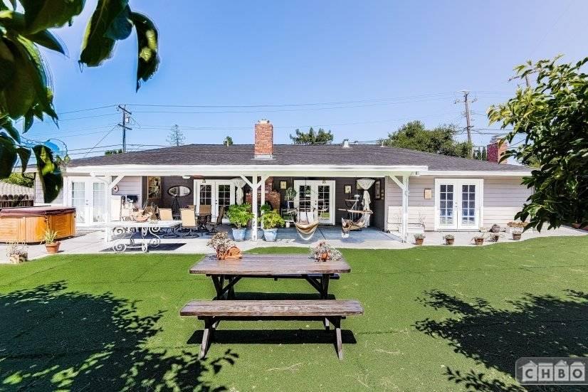 image 2 furnished 3 bedroom House for rent in Alum Rock, San Jose