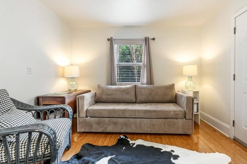 image 14 furnished 2 bedroom Townhouse for rent in Garden District, New Orleans Area