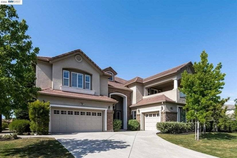 image 2 furnished 5 bedroom House for rent in San Ramon, Contra Costa County
