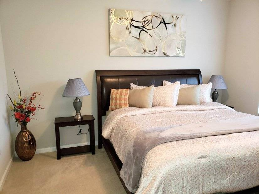 Master Bedroom with kingsize bed and super comfy mattress