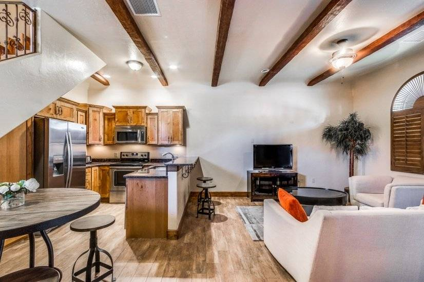 image 5 furnished 2 bedroom Townhouse for rent in West El Paso, El Paso