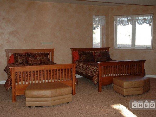 image 8 furnished 6 bedroom House for rent in Parker, Douglas County
