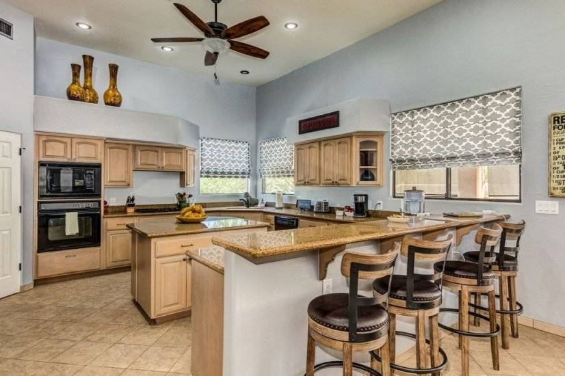 image 19 furnished 5 bedroom House for rent in Cave Creek Area, Phoenix Area