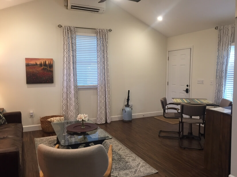 Open to Dining/Living