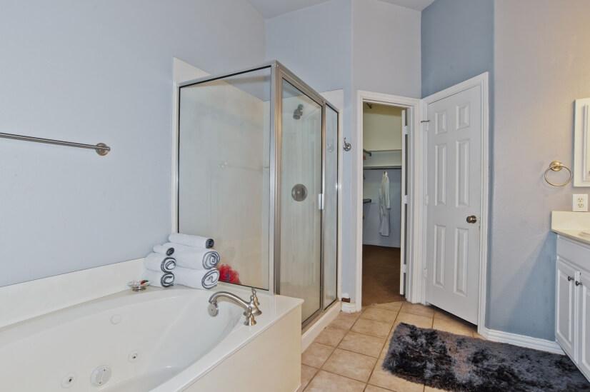 Master Bath With Spa Tub , Shower & Lg Walk-in Closet