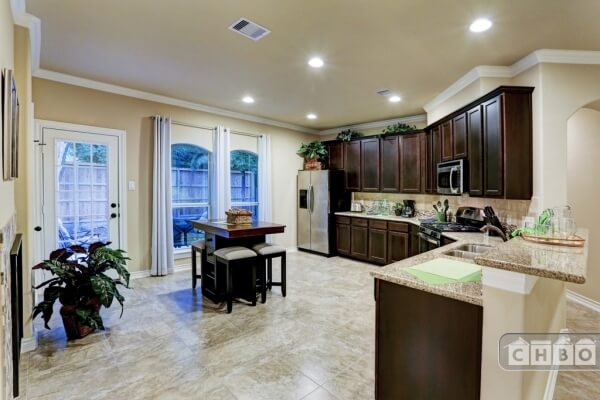 image 8 furnished 3 bedroom House for rent in Friendswood, SE Houston