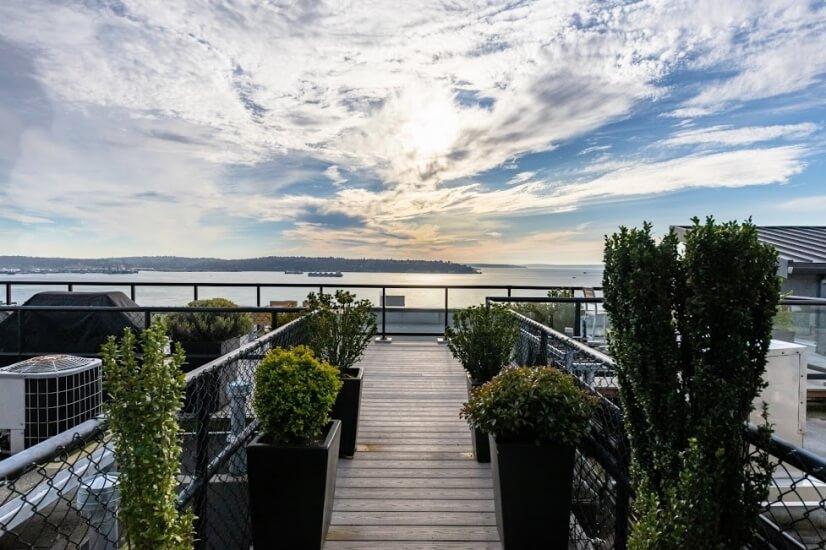 Rooftop deck access