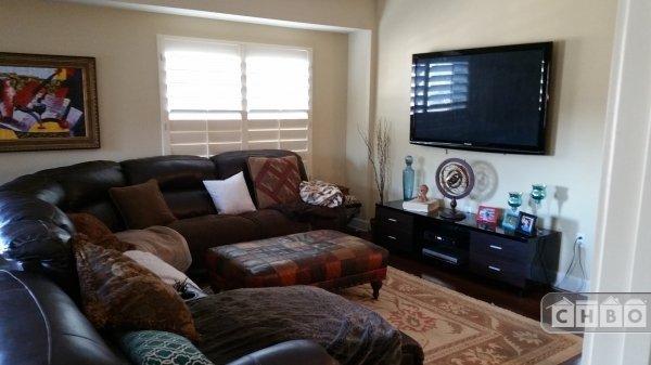 Living Area/ Flat Screen TV