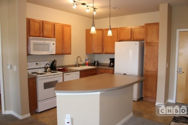image 7 furnished 1 bedroom Townhouse for rent in Littleton, Arapahoe County