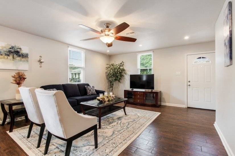 image 4 furnished 2 bedroom Townhouse for rent in Mid-City, New Orleans Area