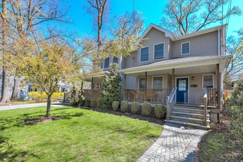 image 4 furnished 3 bedroom Townhouse for rent in Summit, Union County