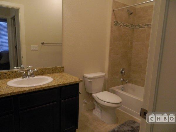 image 9 furnished 2 bedroom Townhouse for rent in Park Hill, Denver East