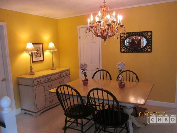 Dining Room, with 6 chairs