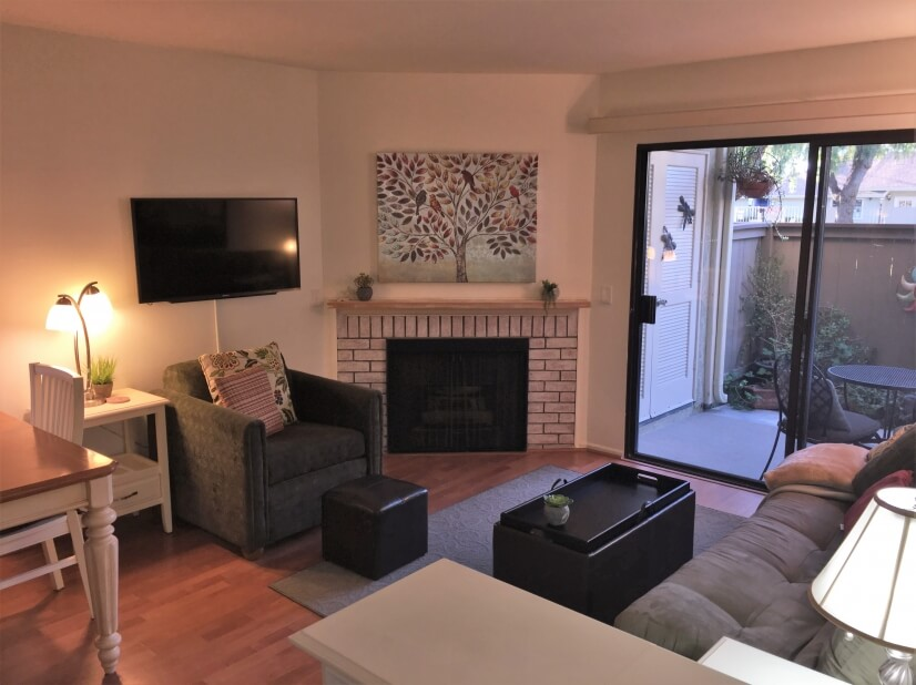 image 3 furnished 1 bedroom Townhouse for rent in Tustin, Orange County