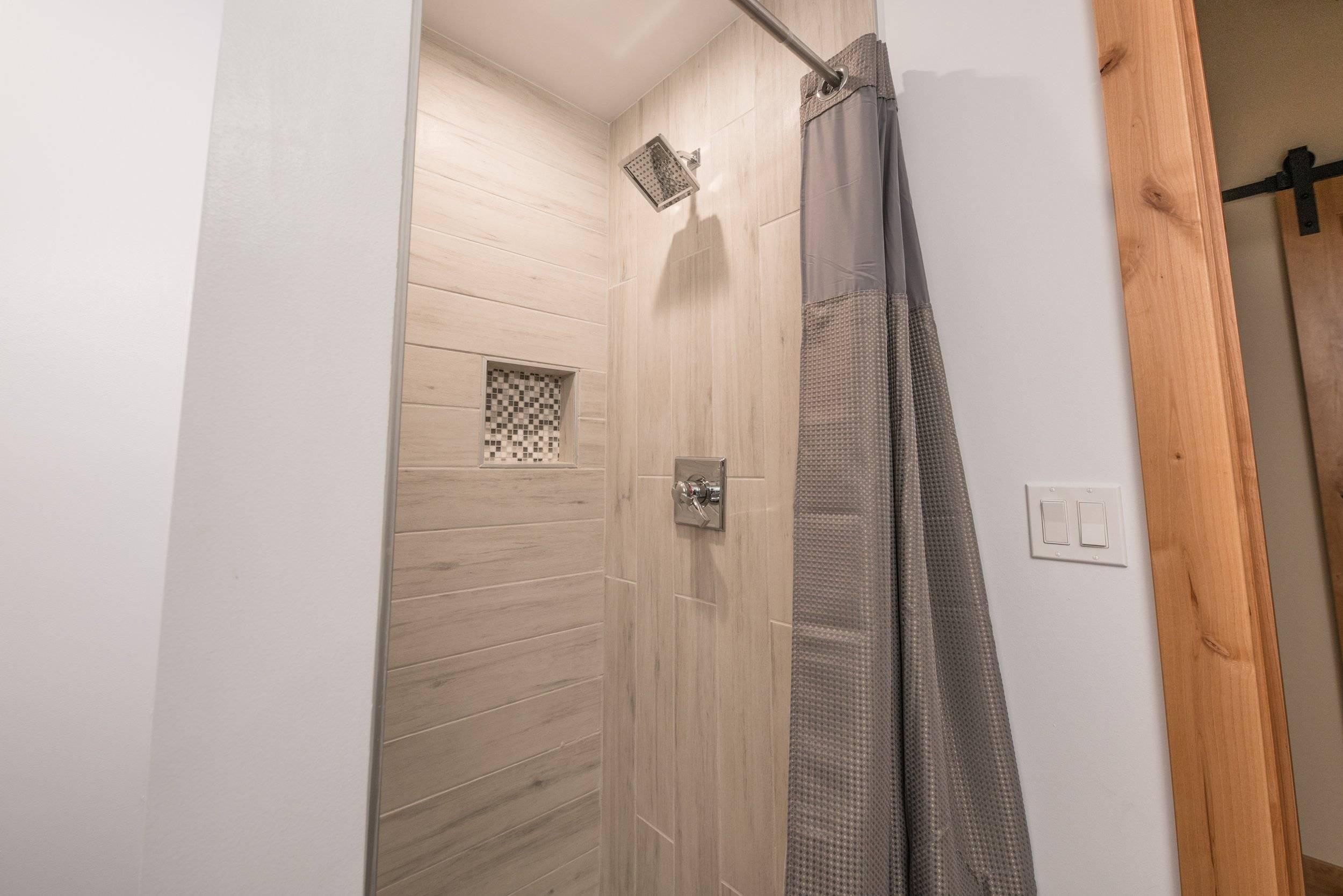 Upstairs bathroom shower (2nd floor of loft)