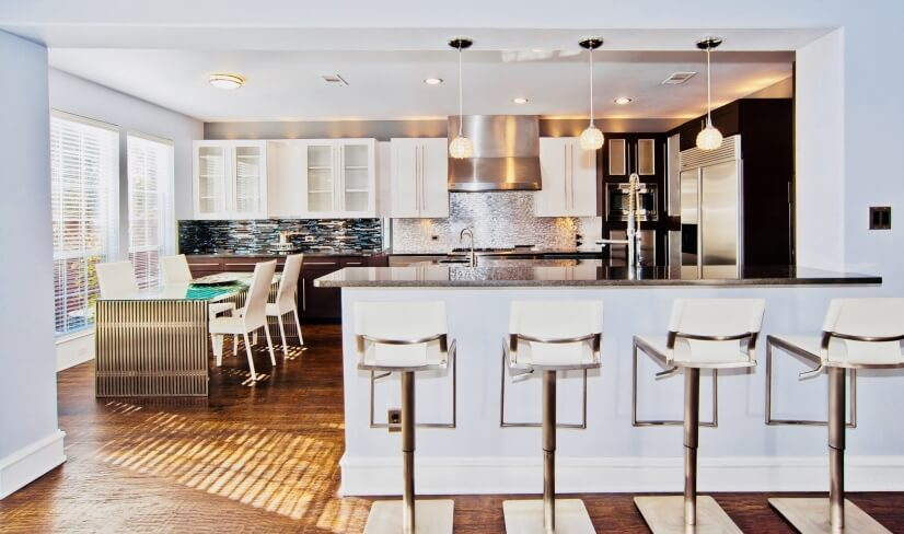 Living Room View Of Eat-In Bar,Dinning Room & Gormet Kitchen