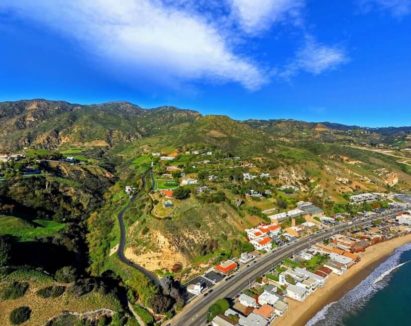 The closeby drive frm Malibu to Santa Monica is spectacular.
