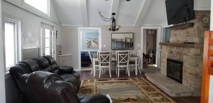 image 2 furnished 3 bedroom House for rent in Hilbert, Calumet County