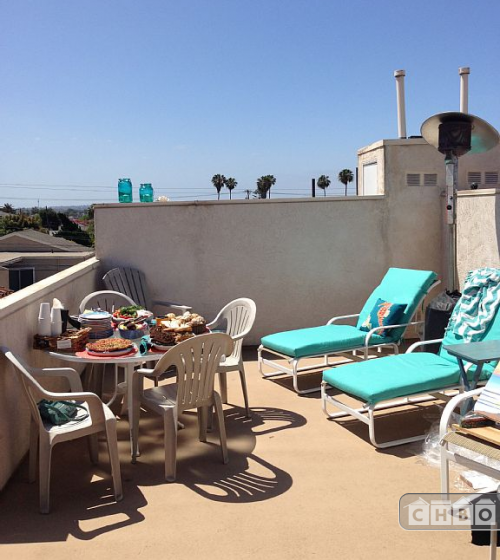 image 2 furnished 3 bedroom Townhouse for rent in Pacific Beach, Northern San Diego