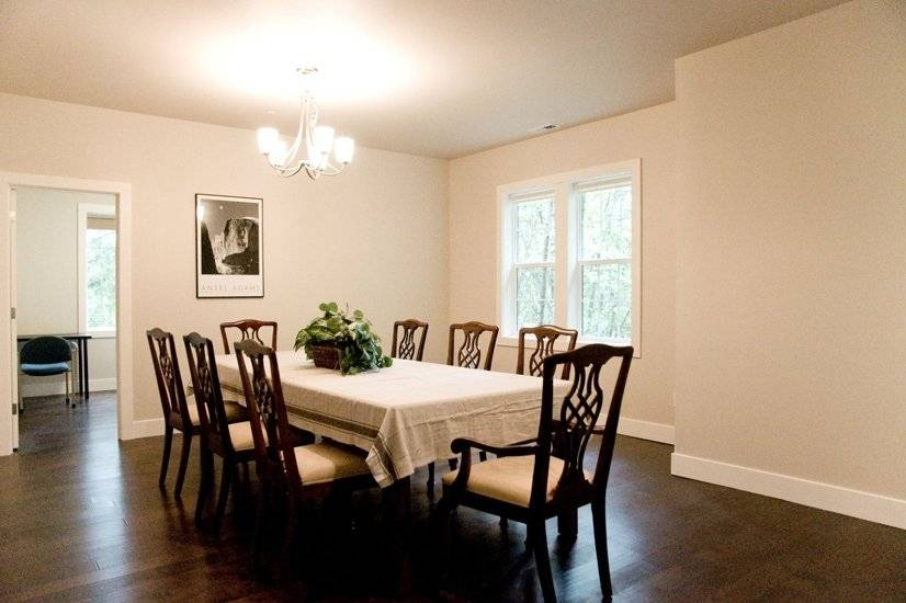 image 4 furnished 5 bedroom House for rent in Sammamish, Seattle Area