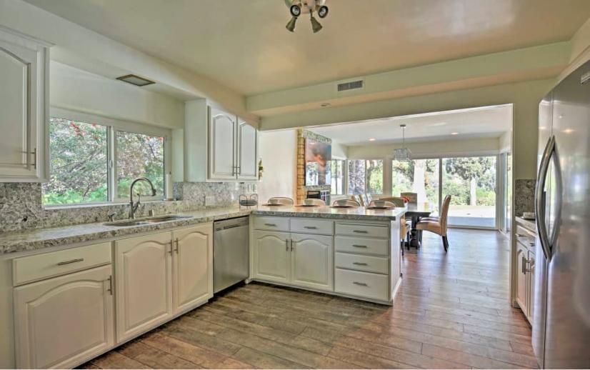 image 7 furnished 3 bedroom House for rent in Sherman Oaks, San Fernando Valley