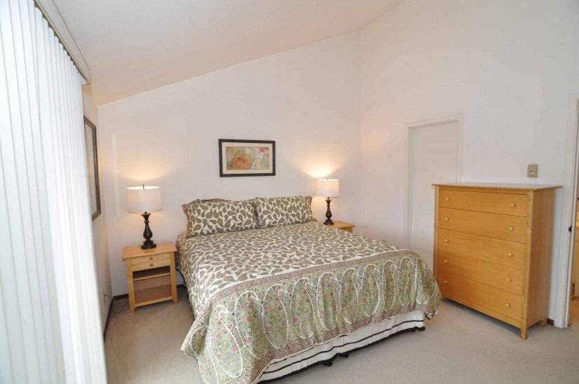 image 4 furnished 2 bedroom Townhouse for rent in Sausalito, Marin County