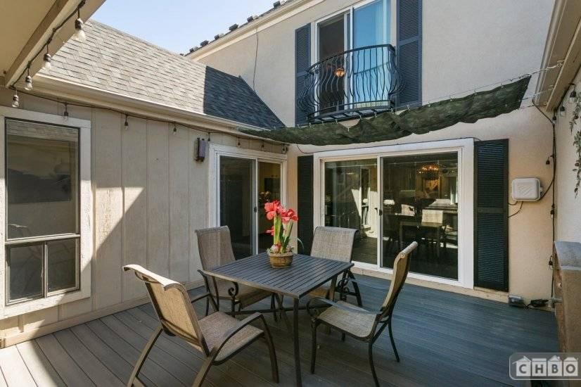 image 9 furnished 3 bedroom Townhouse for rent in City Park, Denver Central