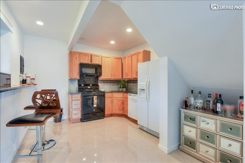 image 7 furnished 2 bedroom House for rent in Bothell-Kenmore, Seattle Area