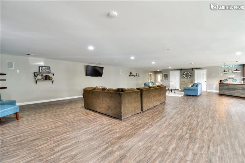Durable hardwood vinyl plank flooring