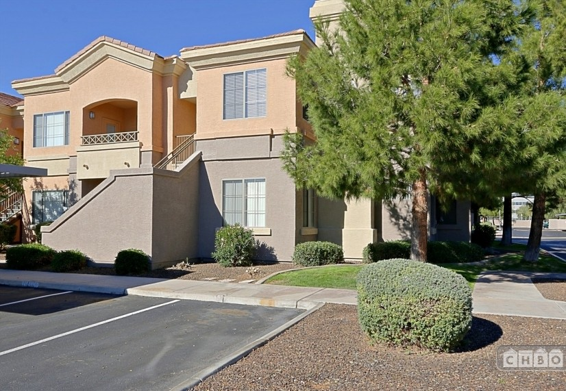 image 2 furnished 1 bedroom Townhouse for rent in Mesa Area, Phoenix Area