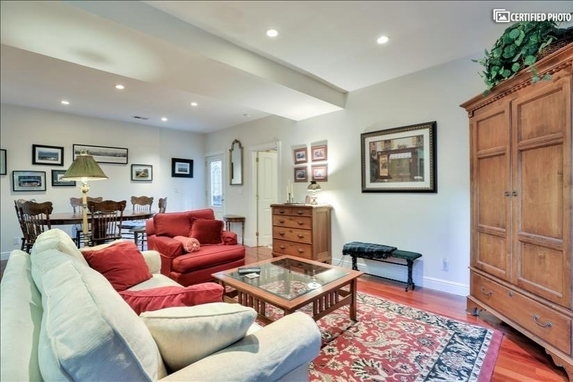 image 9 furnished 1 bedroom Apartment for rent in Lower Nob Hill, San Francisco