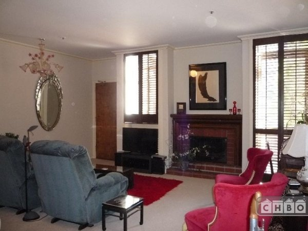 image 2 furnished 1 bedroom Townhouse for rent in Chinatown, San Francisco