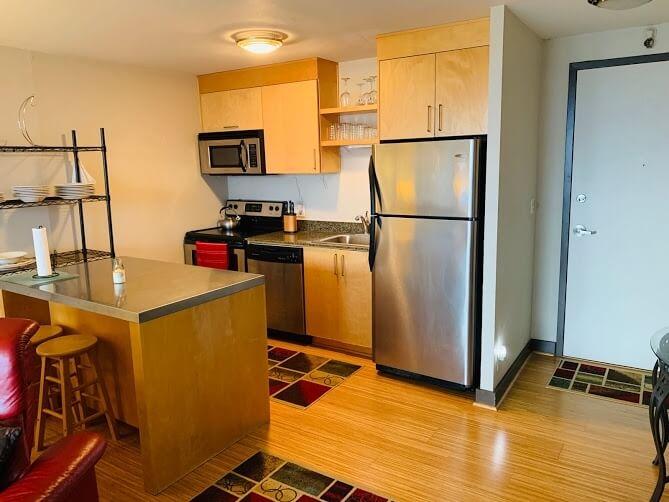 image 5 furnished 1 bedroom Townhouse for rent in Portland Southwest, Portland Area