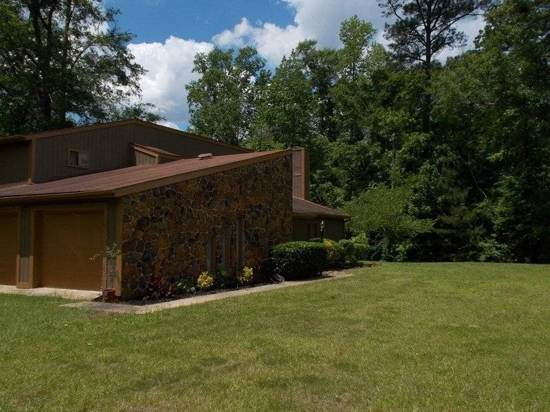 image 9 furnished 3 bedroom House for rent in Troy, Pike County