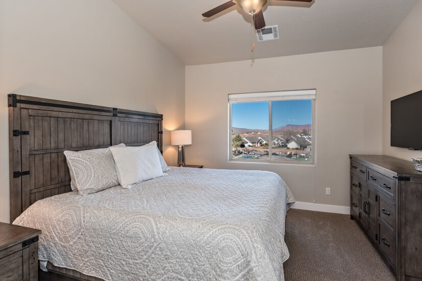 image 12 furnished 3 bedroom Townhouse for rent in St. George, Washington (St. George)