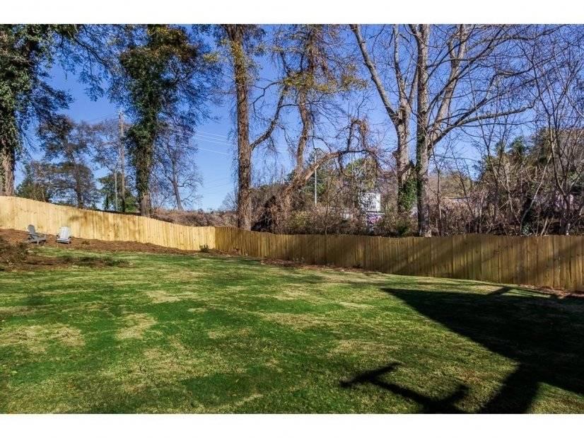 Backyard- Beltline just behind fence!