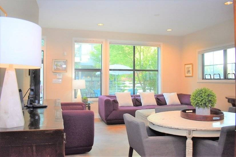 image 2 furnished 4 bedroom Townhouse for rent in Rainier Valley, Seattle Area