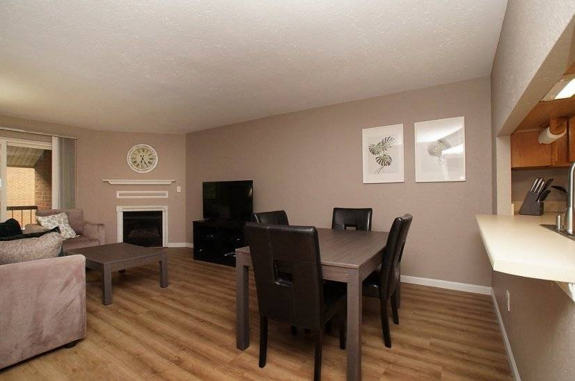image 3 furnished 1 bedroom Townhouse for rent in Kirkwood, St Louis Area