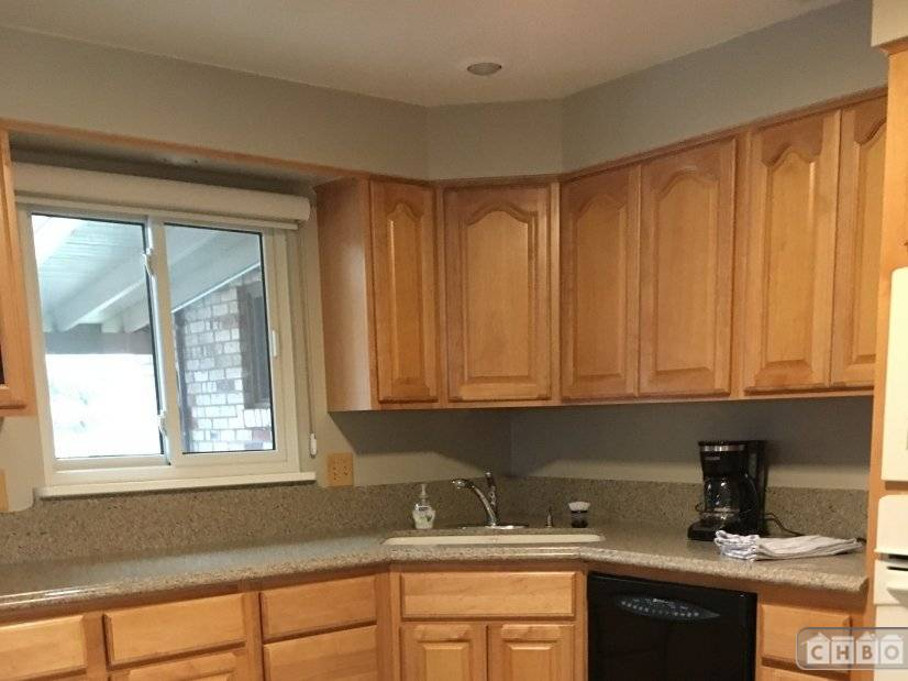image 7 furnished 4 bedroom House for rent in Littleton, Arapahoe County