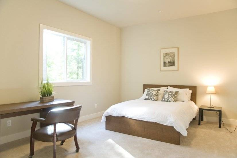 image 14 furnished 5 bedroom House for rent in Sammamish, Seattle Area