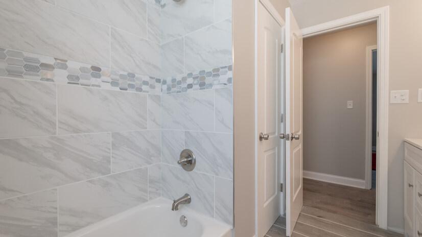 Surround Shower/Tub in Master Bathroom