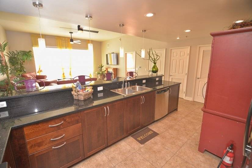 image 10 furnished 2 bedroom Townhouse for rent in Las Vegas, Las Vegas Area