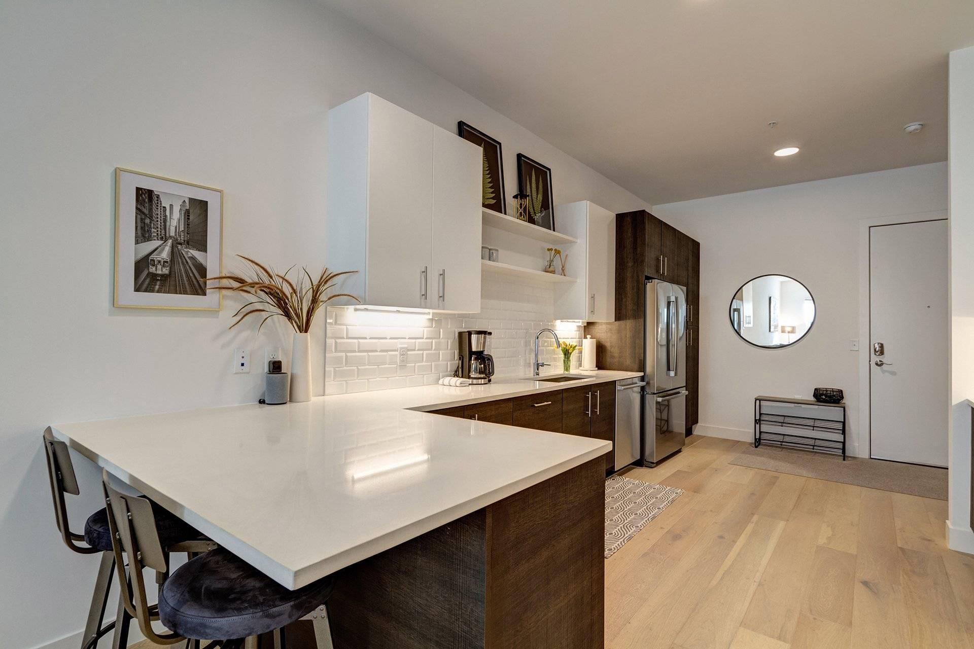 Bar/Kitchen view