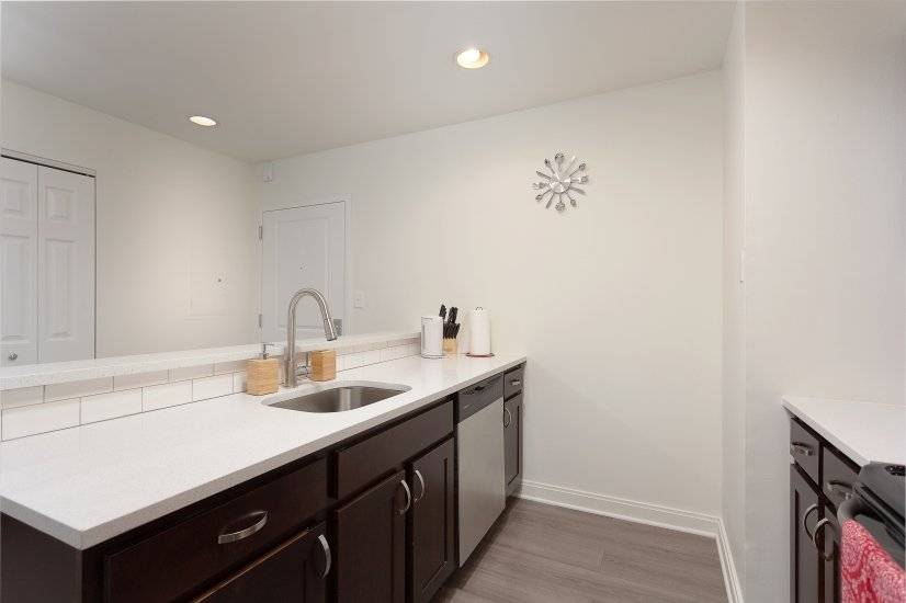image 3 furnished 1 bedroom Apartment for rent in Koreatown, Metro Los Angeles