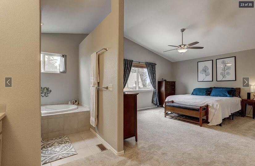 Main bed/bath