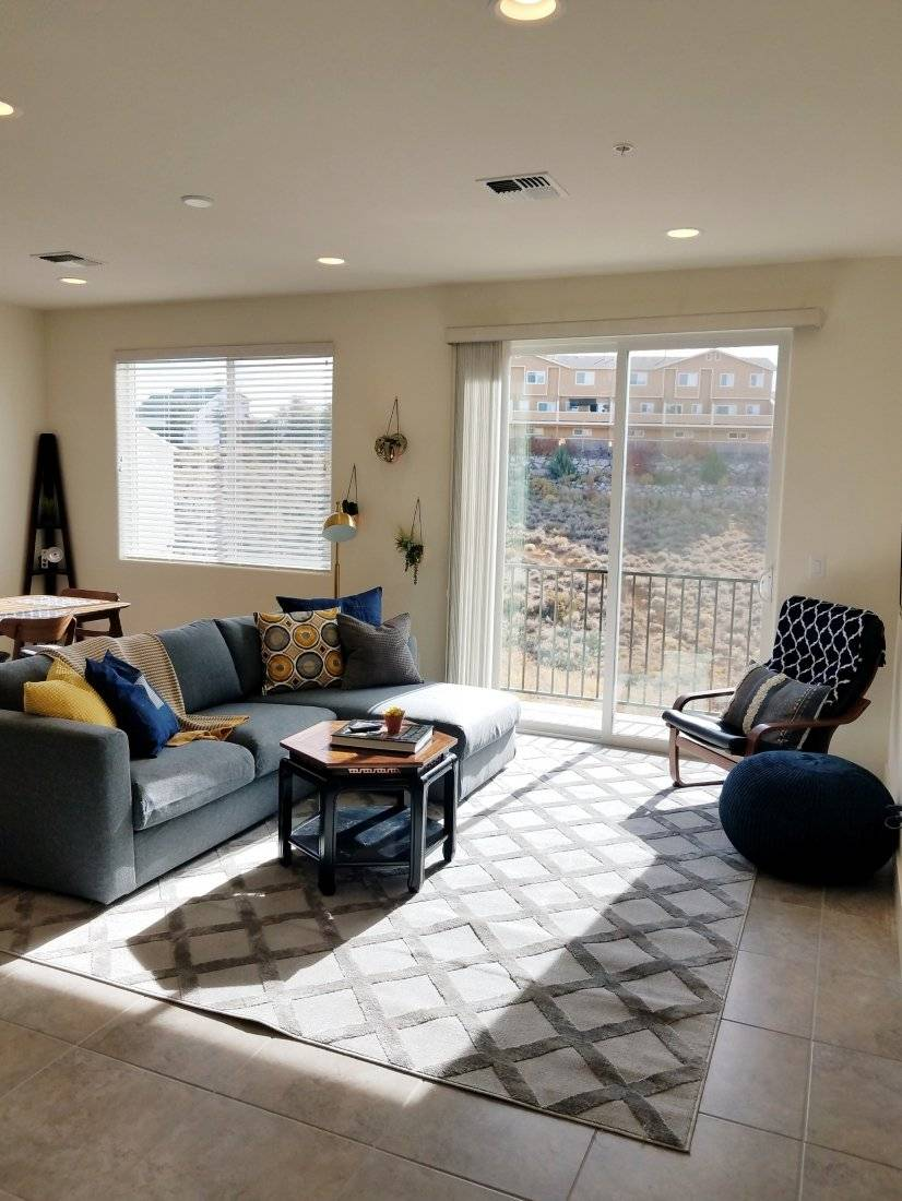 image 3 furnished 3 bedroom Townhouse for rent in RENO, Reno-Tahoe Territory