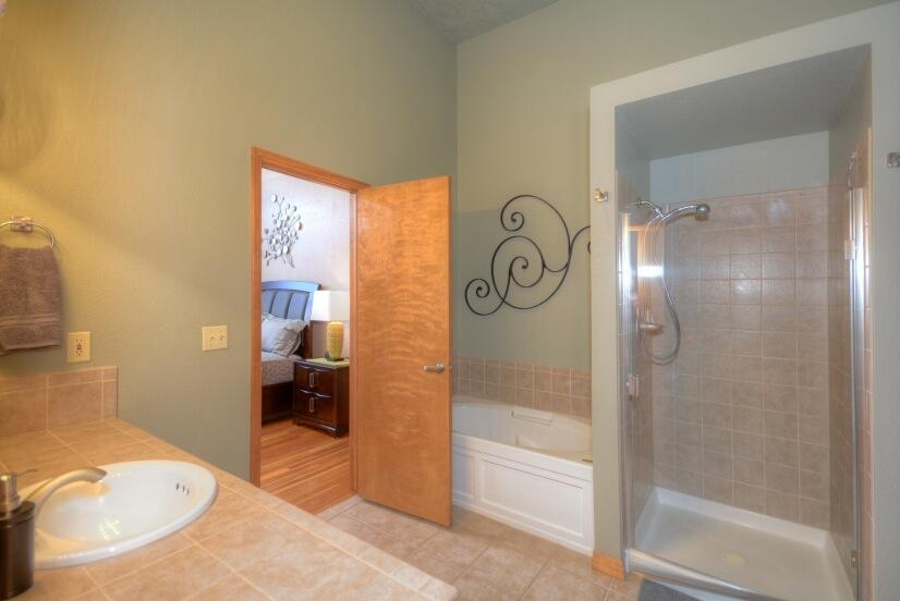 image 9 furnished 1 bedroom Loft for rent in Divine Redeemer, Colorado Springs