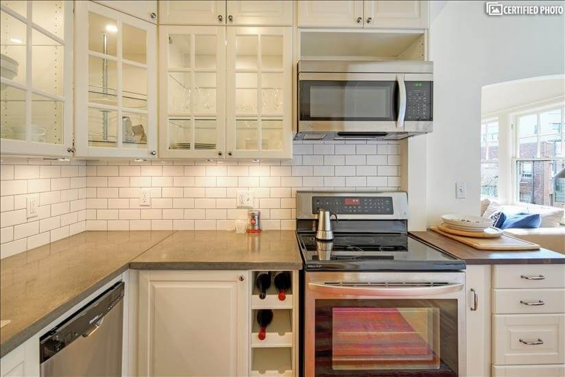 image 12 furnished 1 bedroom Townhouse for rent in Portland Downtown, Portland Area