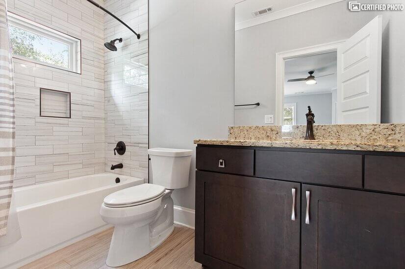 Bathroom #4