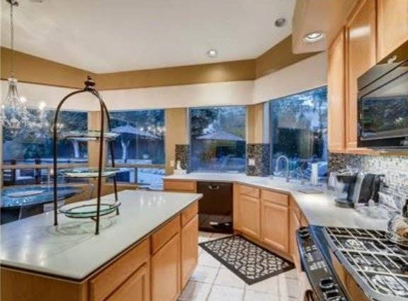 image 5 furnished 3 bedroom House for rent in Scottsdale Area, Phoenix Area